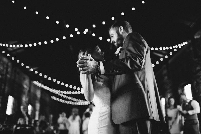 michellescottphotography-brittany+paul_atlanta_wedding_photographers_railroad_museum_wedding_savannah-198