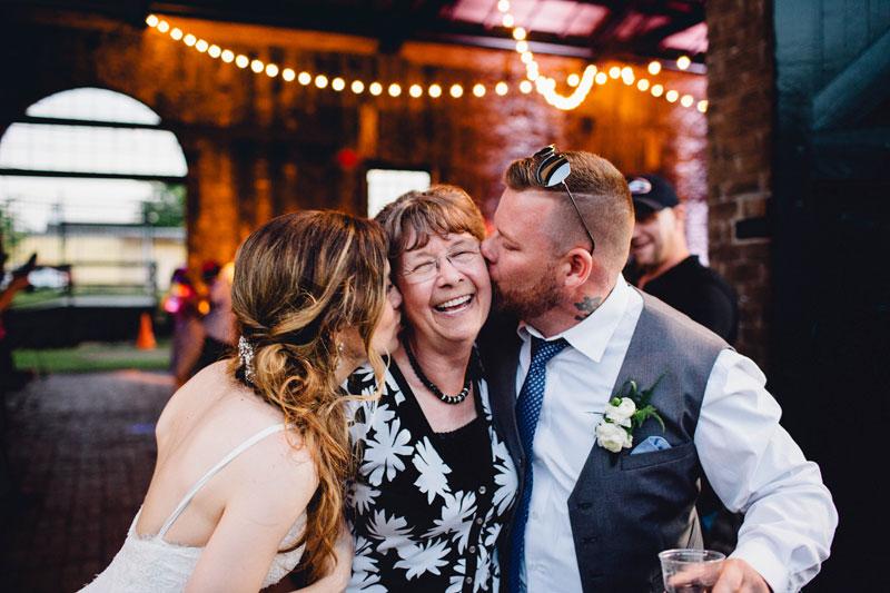 michellescottphotography-brittany+paul_atlanta_wedding_photographers_railroad_museum_wedding_savannah-201