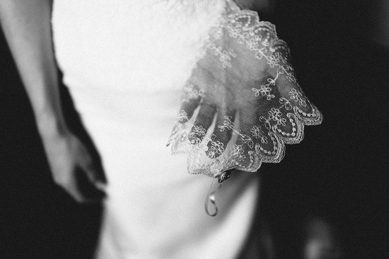 michellescottphotography-brittany+paul_atlanta_wedding_photographers_railroad_museum_wedding_savannah-36