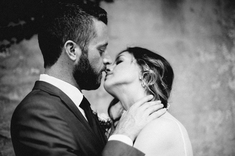 michellescottphotography-brittany+paul_atlanta_wedding_photographers_railroad_museum_wedding_savannah-76