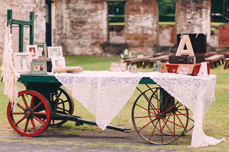 michellescottphotography-brittany+paul_atlanta_wedding_photographers_railroad_museum_wedding_savannah-103